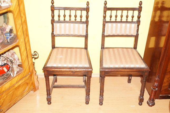Krzesło eklektyczne eklektyk 2 krzesła parka po renowacji cena za parę
