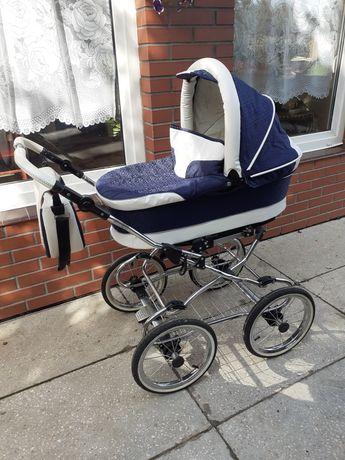 Retro wózek dziecięcy