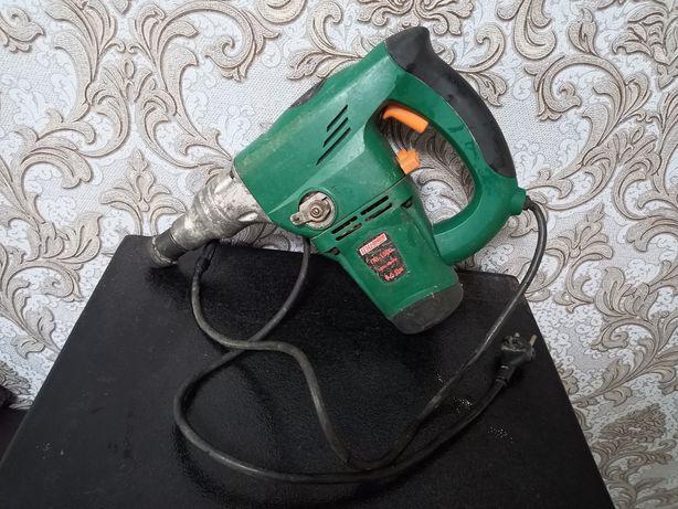 Продам перфоратор (требует ремонта или на запчасти)