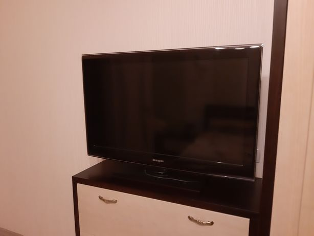 Телевизор  Samsung  40'