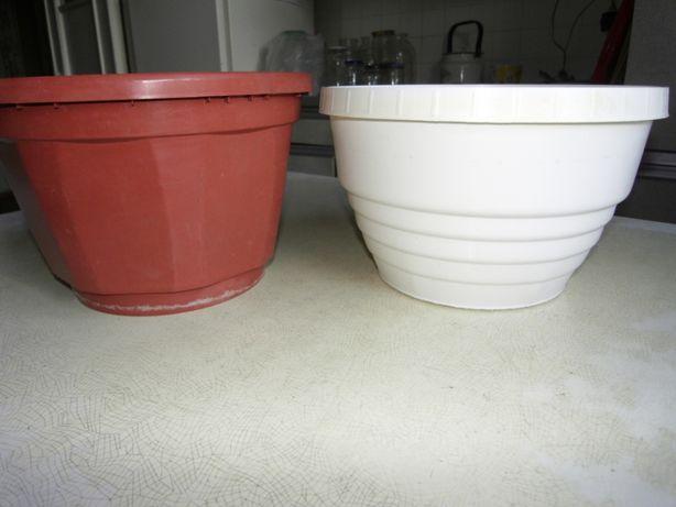 Вазоны для цветов и рассадный стаканчик