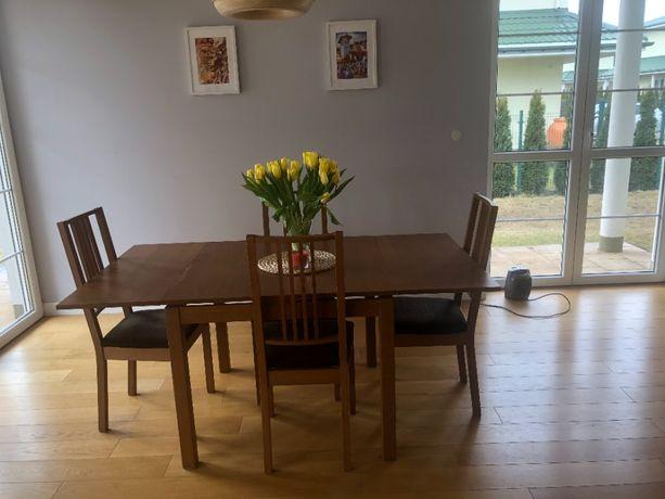 Stół Ikea rozkładany i 4 krzesła