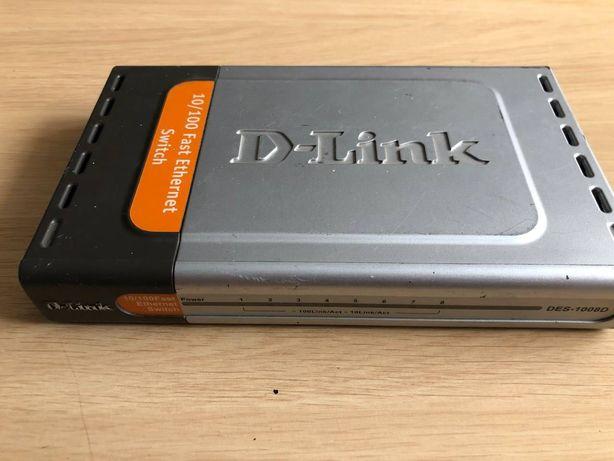 рабочий б/у роутер D-Link Des1008D