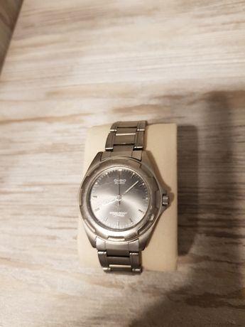 Zegarek Casio MTH-1021