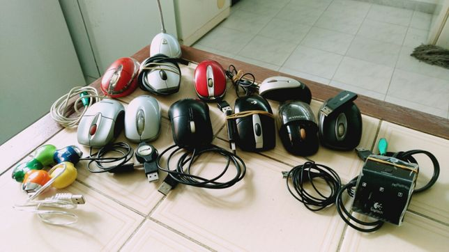 Varios ratos e carregadores, discos 3,5, e placas graficas