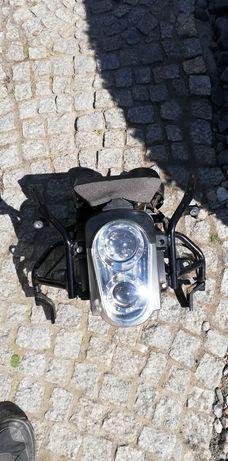 Licznik lampa stelaż hyosung GT 650