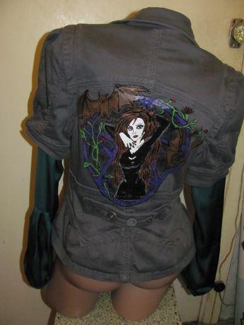 Пиджак безрукавка.Ручной роботы,лолита,пентаграмма,готика,bat