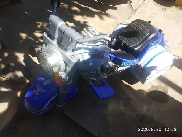 Мотоцикл на аккамуляторе