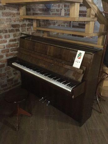 Піаніно Petrof