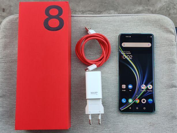 OnePlus 8 Pro • 8/128GB • Glacial Green
