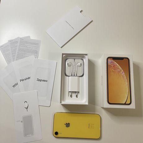 Iphone XR + 10 Чехлів + Подарок EarPods