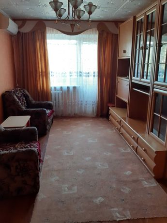 Сдаю 2х комнатную квартиру в Лесках, по ул. Белой.