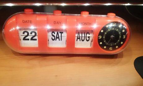 Despertador de cabeceira com calendário