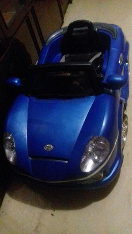 Електрический автомобиль