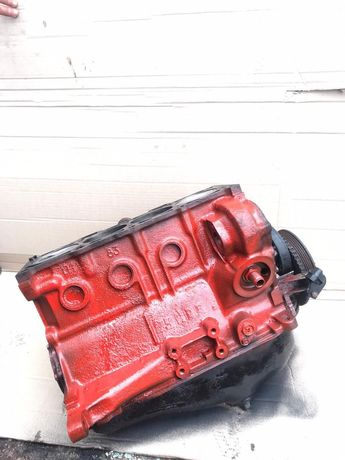 Блок- низ мотора Двигатель ВАЗ 2108 21083 2109 2110 2112 2115