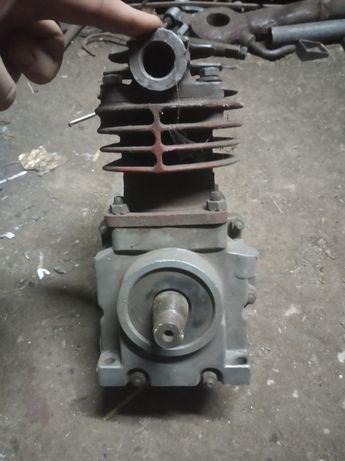 Sprężarka c 330
