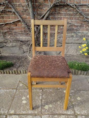 Solidne krzesła dębowe (8 sztuk)