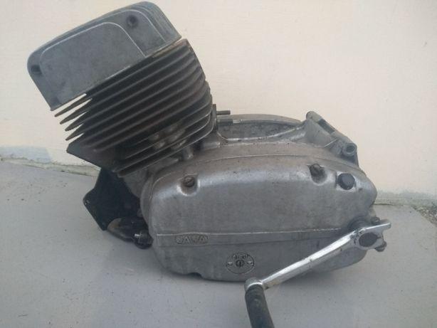 głowica silnika część z silnika Jawa CZ 350 DE LUX