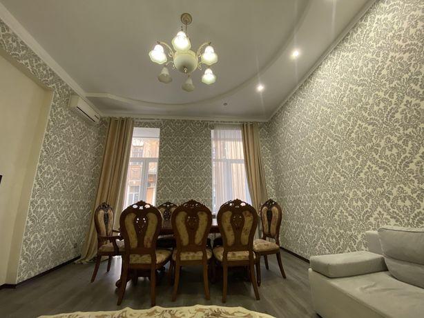 Продам квартиру в самом Центре Одессы. Дерибасовская !
