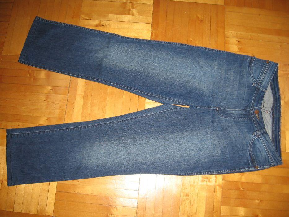 Spodnie damskie jeans Wrangler rozm. W33/L32 Świnoujście - image 1