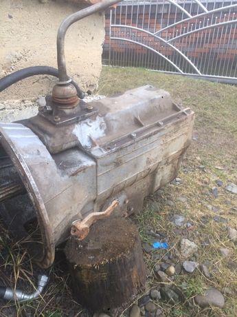 Коробка передач Урал нова