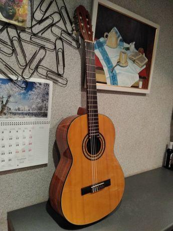 Włoska gitara klasyczna Melody Mod. 460 Lata 80-te Piękne brzmienie !!