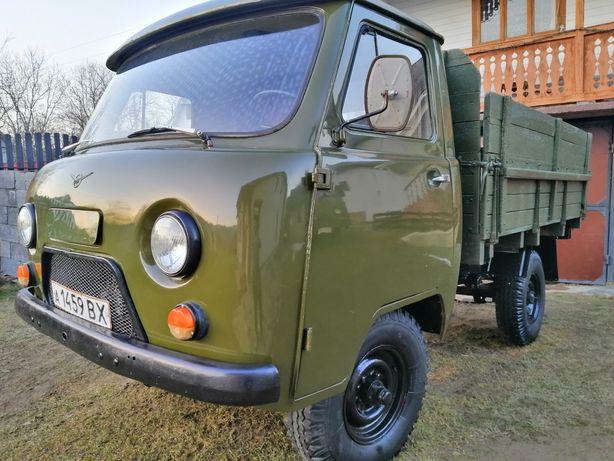 УАЗ бортовий 4х4