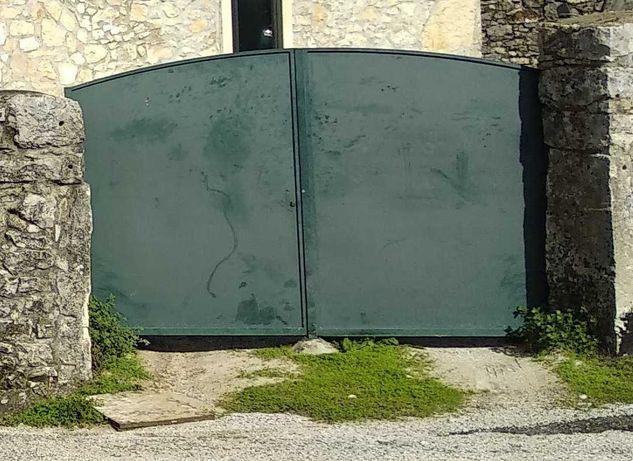 Portão e Porta de ferro
