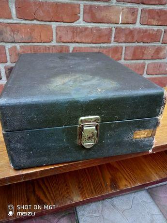 Ящик из-под граммофона патефона