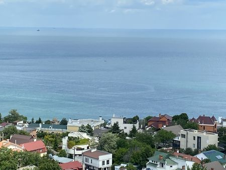 Посутночная аренда в Аркадии ул.Каманина с видом на море 32-Жемчужина