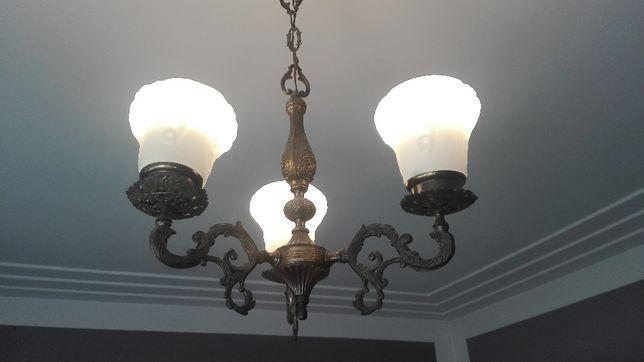 Włoska lampa odlew mosiądz + białe klosze-przepiękna. Jedyna. Rarytas!