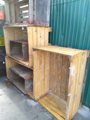 Caixas de madeira para jardim ou arrumos