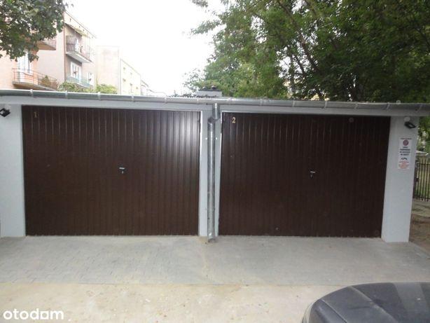 Sprzedam 2 garaże na ul. Obrońców Pokoju