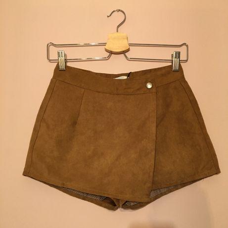 Zamszowe szorty, spódnicospodenki, rozmiar S