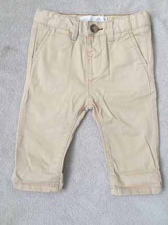 Spodnie beżowe chinosy Zara 68