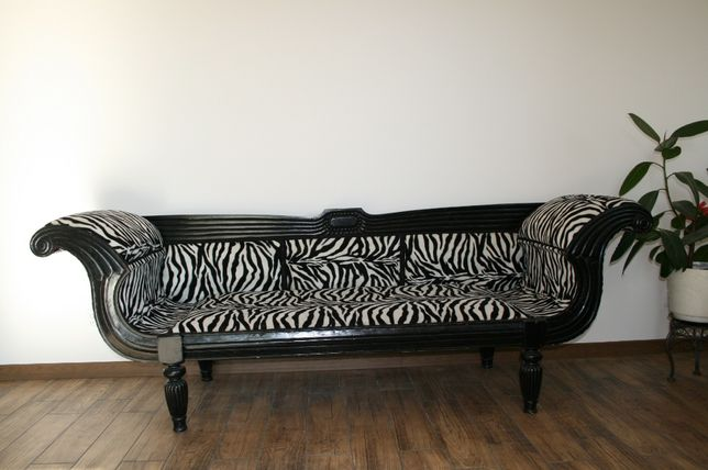 Stylowa sofa zebra