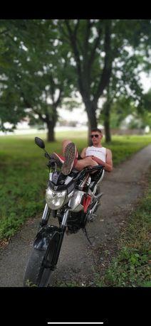 Обміняю lifan lf 250 19 p на інший мотоцикл пишіть свої варянти