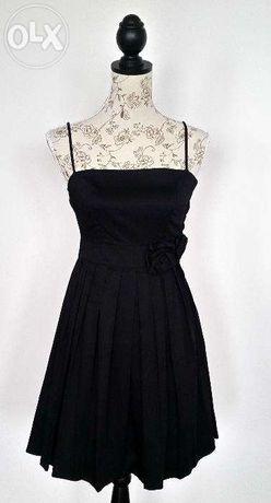 Czarna sukienka z plisowanym dołem H&M