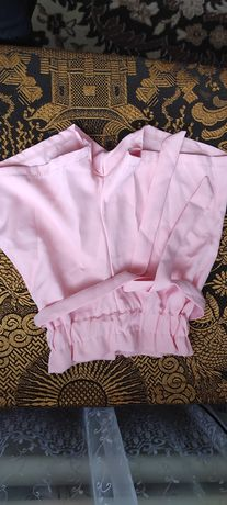 Продам шорты новые