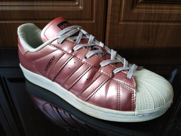 Крутые кроссовки Adidas Superstar 40 оригинал