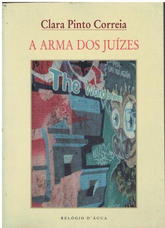2408 A Arma dos Juízes de Clara Pinto Correia