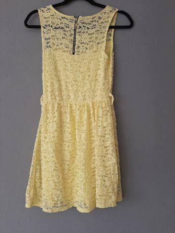 Sukienka rozmiar. XS