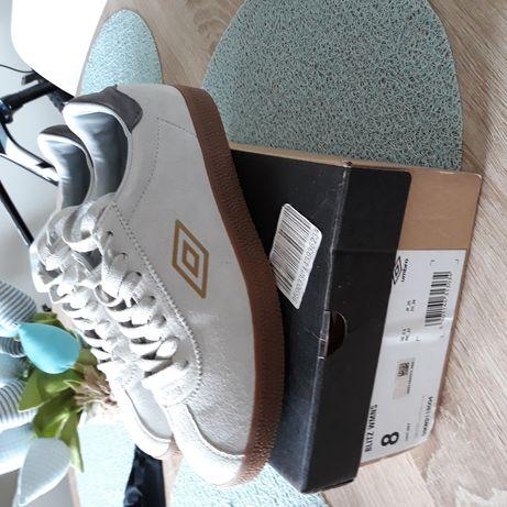 Nowe buty Umbro r.39