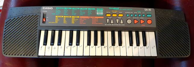 Keyboard Casio z małą klawiaturą