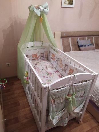 Кроватка деревянная с маятником детская от 0 до 3 лет