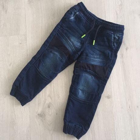 Spodnie Lupilu rozmiar 104