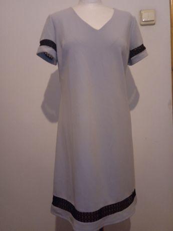 Szara sukienka z koronką r.40.