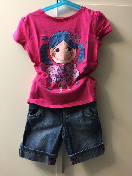 Conjunto T-shirt rosa choque e calção de ganga