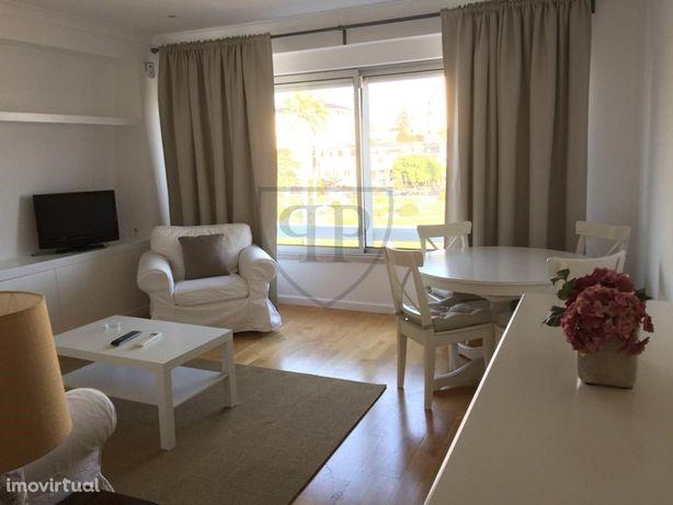 Apartamento T1 Mobilado com Vista Mar no Estoril