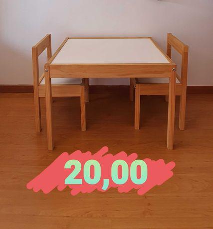 Mesa de criança para Estudos